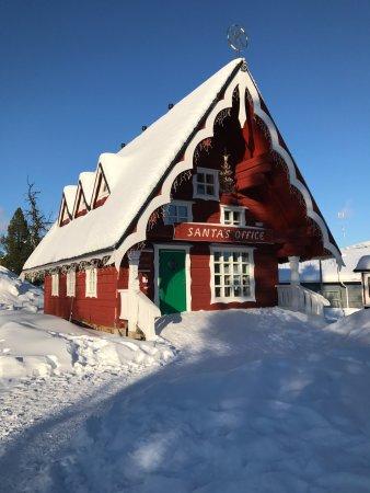 Lapland Hotel Riekonlinna: Santa's Office in the township