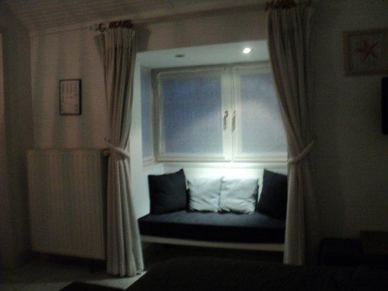 Hotel Montanus: Petit coin , pour admirer l'extérieur .