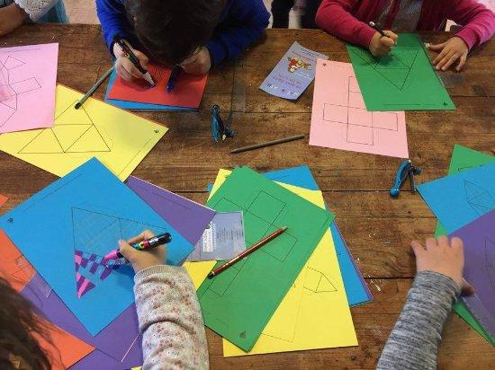 Beaumont de Lomagne, France: Des ateliers mathématiques pour tous