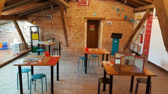 Beaumont de Lomagne, France: Salle Expérimaths : une autre idée des maths !