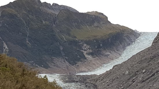 Fox Glacier, Nieuw-Zeeland: The top face is what can be seen when on the guided tour above the general public viewing spot.