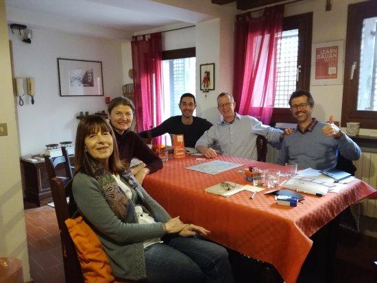 Venice Italian School : Gruppo Intermedio - marzo 2017 - Angela (UK), Vaenssa e Quentin (US), Sven (Ger) - grazie a tutt