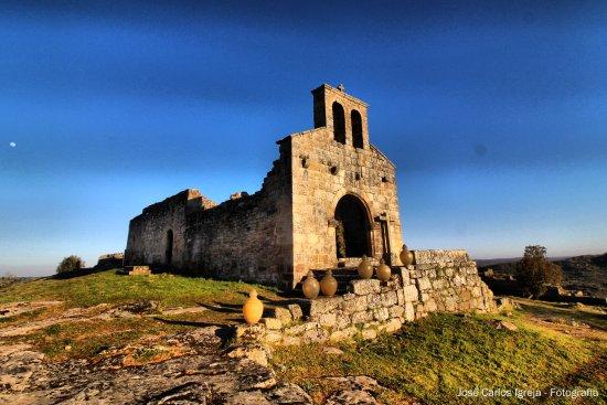Castelo de Castelo  Mendo