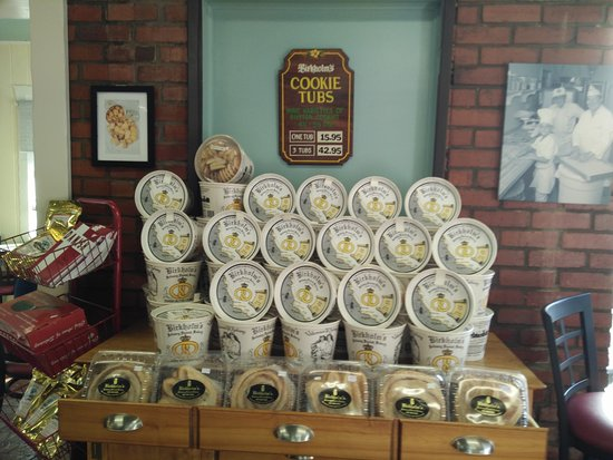 Birkholm's Bakery: cookie tubs!
