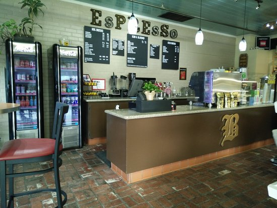 Birkholm's Bakery: coffee and beverage area