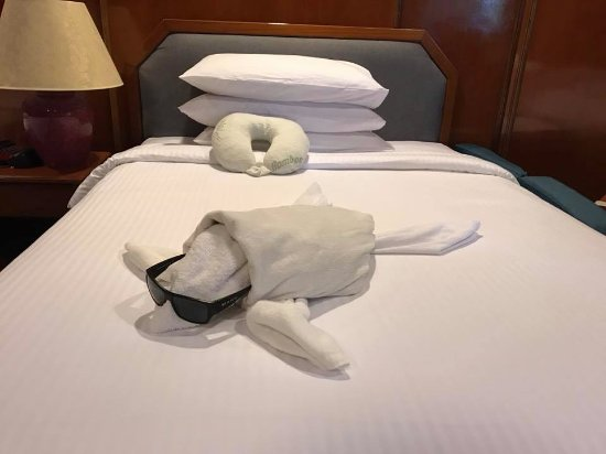 Layang Layang, Malaysia: One of the daily towel creations from the housekeeping staff