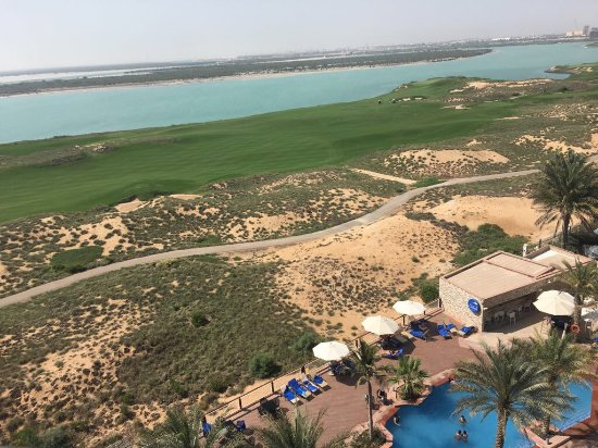 Park Inn by Radisson Abu Dhabi Yas Island: From room 604