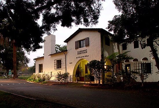 Claremont, Kalifornien: Exterior