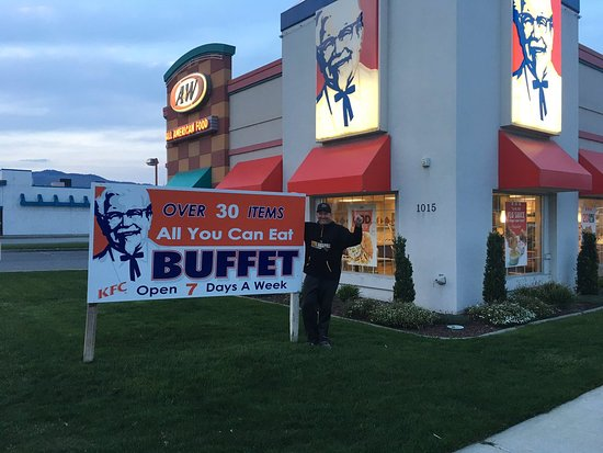 KFC/A&W 1015 N Mission St, Wenatchee, WA