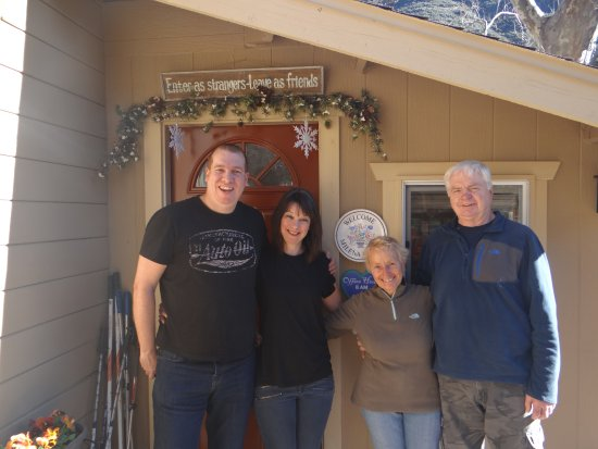 The Canyon Wren - Cabins for Two: Both os us with Mike & Milena