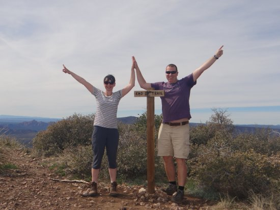 The Canyon Wren - Cabins for Two: Bear Mountain Trail Summit