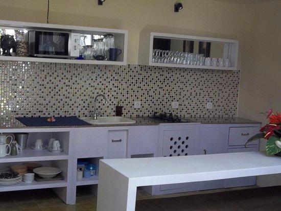 Di Abode Boutique Inn: Kitchen