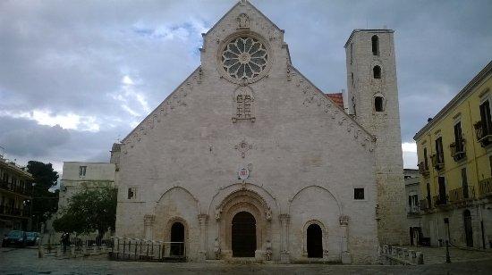 Cattedrale di Ruvo di Puglia : facciata