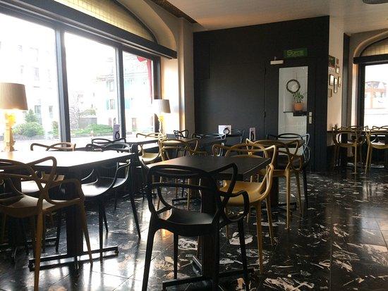 Nyon, Schweiz: Café & Brasserie Le Perdtemps