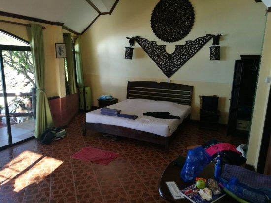 Phi Phi Paradise Pearl Resort: IMG_20170331_082928_large.jpg