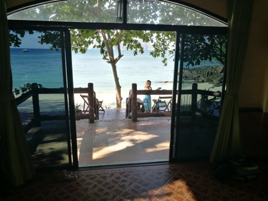 Phi Phi Paradise Pearl Resort: IMG_20170331_083047_large.jpg