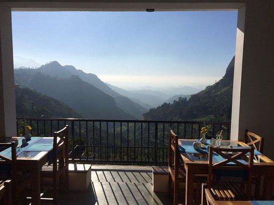 The Mountain Heavens: Breakfast hall