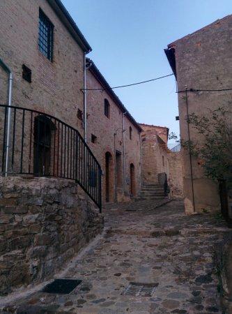 Calitri, Italia: via Castello
