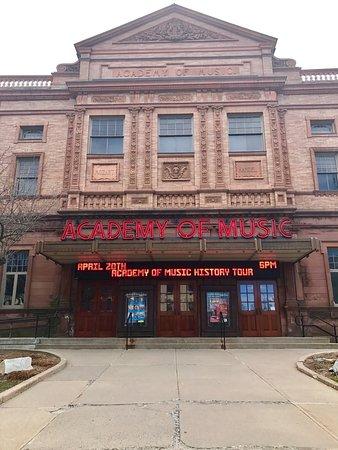 Northampton, MA: Moshi Moshi, Forbes Library, and the Academy of Music