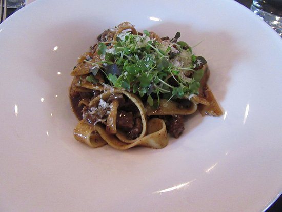 Lovettsville, VA: The special - beef short ribs over house made pasta