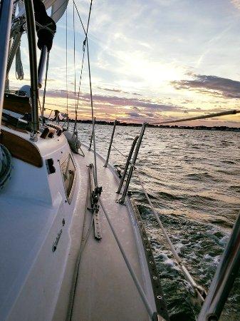 เวสต์บรูก, คอนเน็กติกัต: Awesome sunsets on the water.