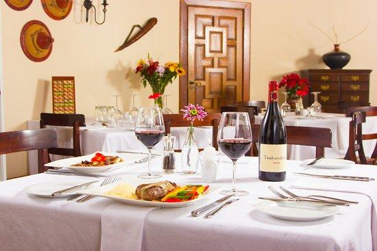 Idwala boutique hotel johannesburg randburg afrique du for Salle a manger johannesburg