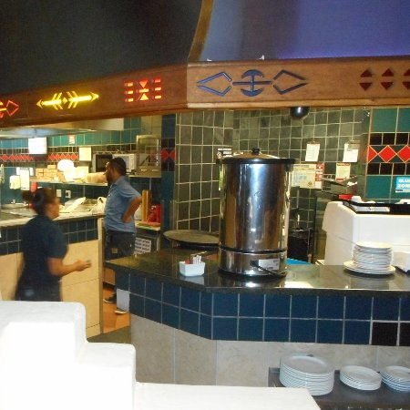 Eshowe, Güney Afrika: Busy Kitchen Area