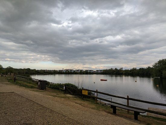 Leybourne Lakes Watersports Centre