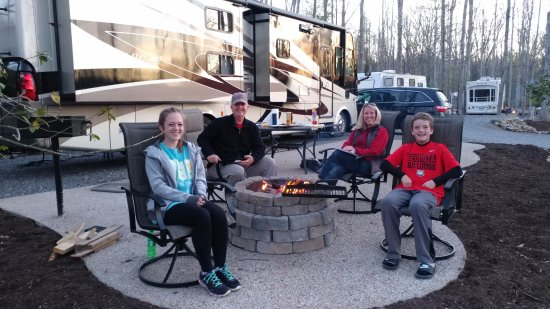 Cosby, TN: Our Deluxe Patio sites