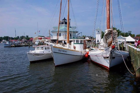 Saint Michaels, MD: The floating fleet of historic Chesapeake boats at CBMM is the largest of its kind