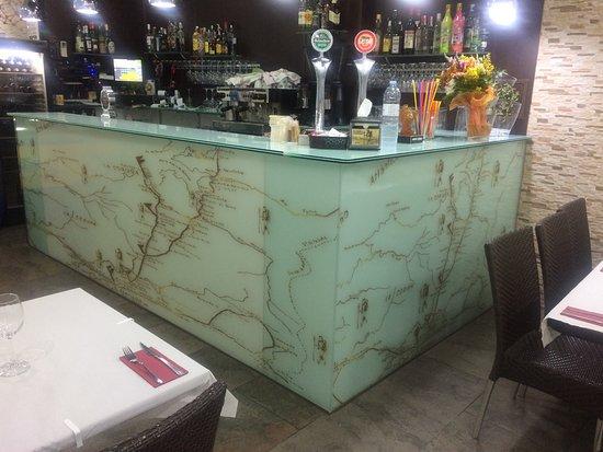 Restaurante Camino De Santiago: nuevo diseño de la barra