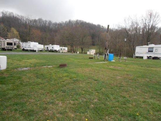 Ansted, Virginia Occidental: A look at the campground