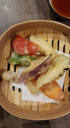 Vegetable tempura picture of hana japanese restaurant for Asian cuisine singapore