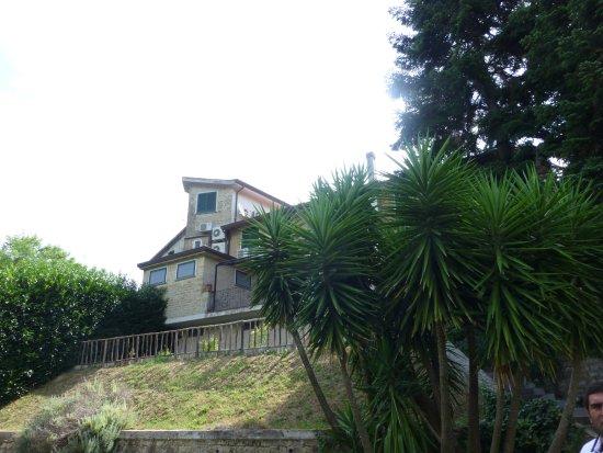 Conca della Campania, Italy: Giardino