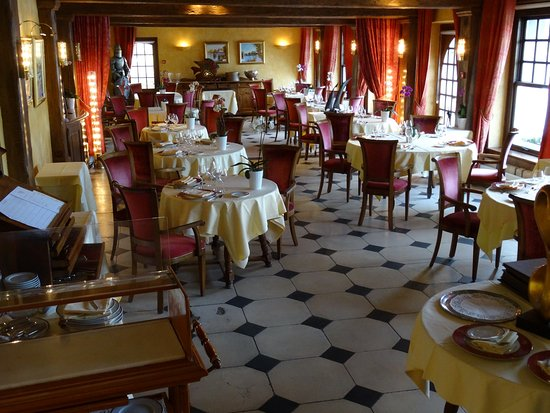 Les Andelys, Prancis: Salle à manger.