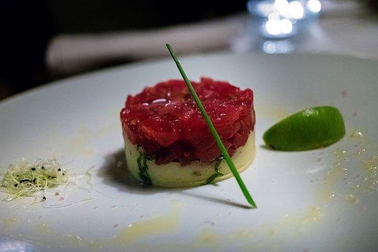 Tuna tartar photo made with relonch assunta madre - Assunta madre barcelona ...