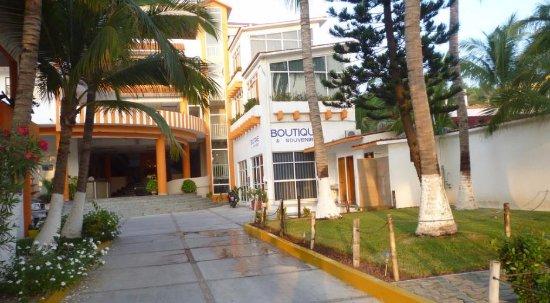 Hotel Surf Olas Altas : Muy buena vista desde el exterior