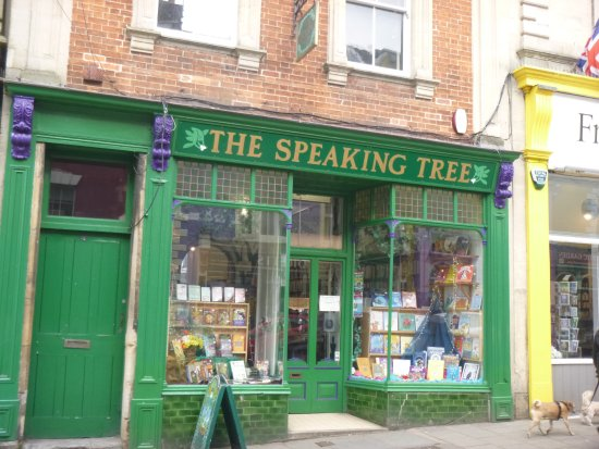‪The Speaking Tree Bookshop‬
