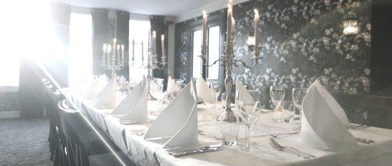 Chambre separee picture of to glass haugesund tripadvisor for Chambre separee