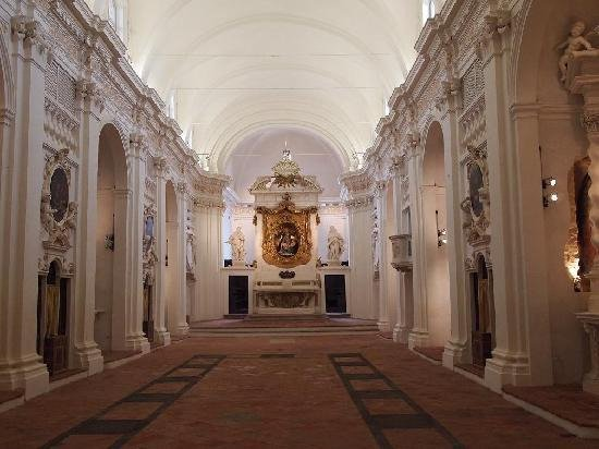 Citta della Pieve, Italie : Navata e Altare Maggiore