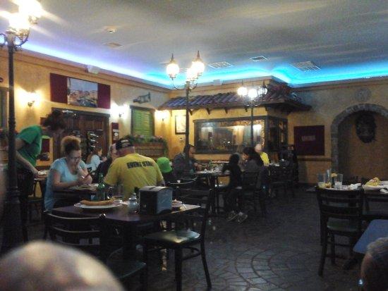 Strasburg, VA: Main Restaurant