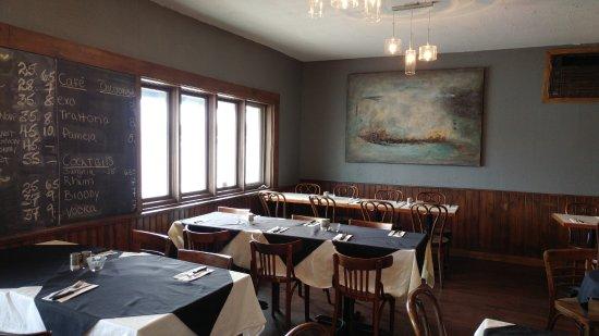 Chateauguay, Canada: La salle à manger, qui peut accueillir une cinquantaine de clients