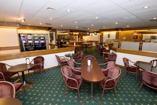 Cold Lake, Canada: Oakroom Lounge