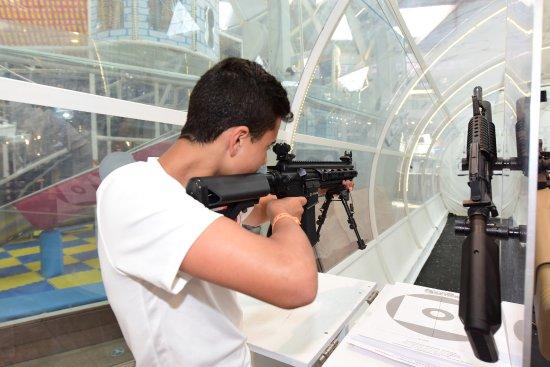 קניון אייס מול אילת: מטווח ירי בנשק אייר סופט