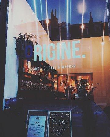 Etterbeek, Bélgica: Origine Vitrine