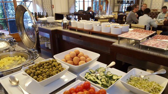 Castelvecchio Pascoli, Italie : Breakfast buffet!