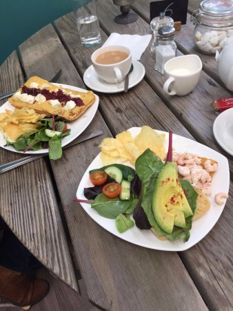 Herstmonceux, UK: Our two open sandwiches