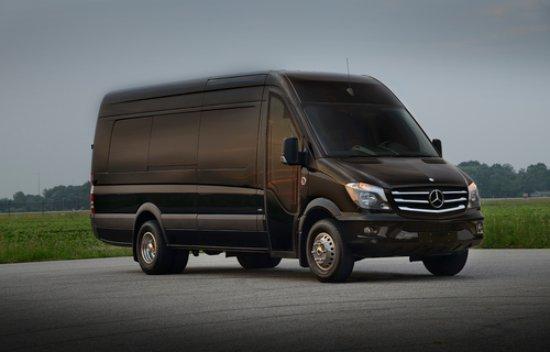 Βόρειο Λας Βέγκας, Νεβάδα:  Luxury Mercedes Sprinter Buses for Your Group!