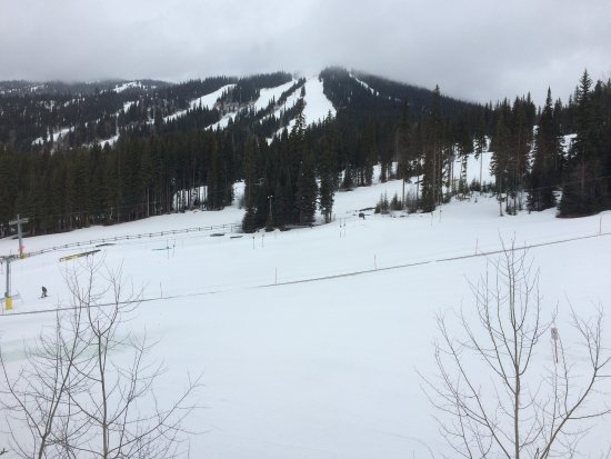 Sun Peaks, Canadá: The next day was last day of season and was overcast