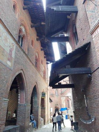 Borgo Medievale: IMG_20170415_133316_large.jpg